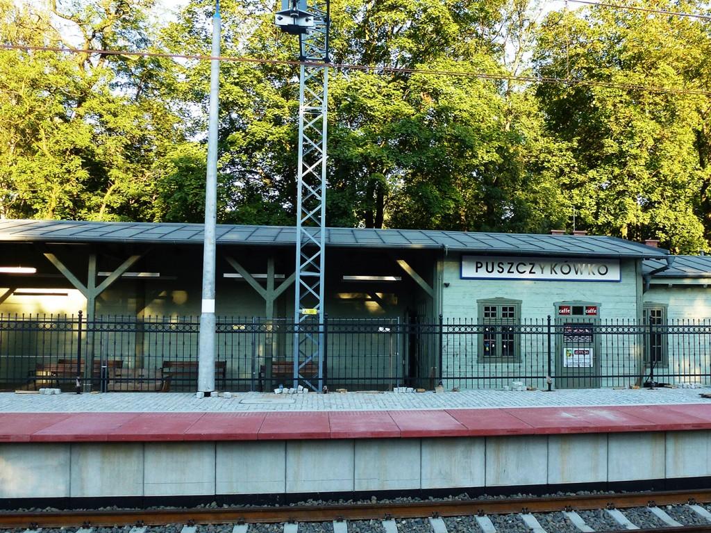 dworzec w Puszczykówku 25 sierpnia 2016