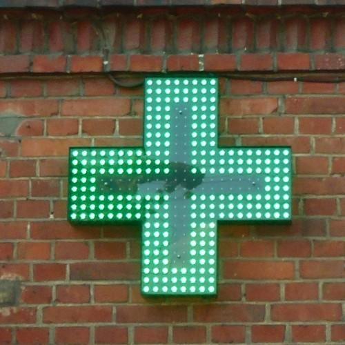 krzyż apteki