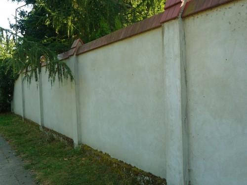 mur ogrodzeniowy