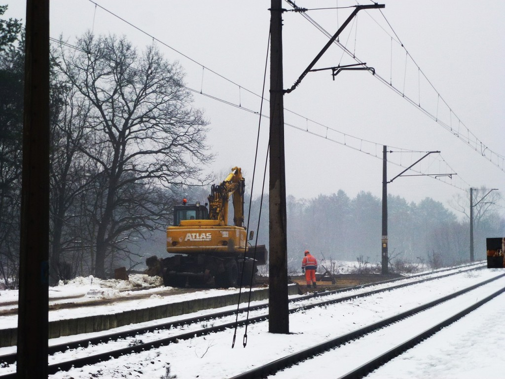początek remontu dworca w Puszczykowie 12.01.2016 3